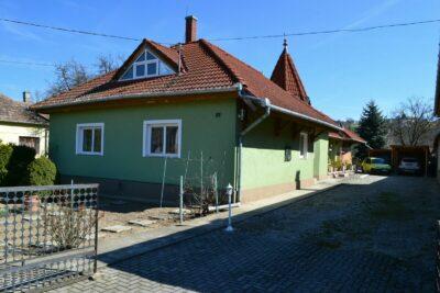 Haus von österreichischer Besitzerin am Balaton West Nordseite