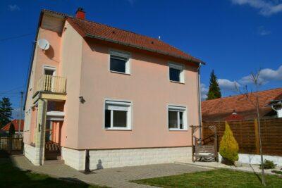 Sehr schönes Haus im gepflegten Ort Nähe Heviz und Balaton