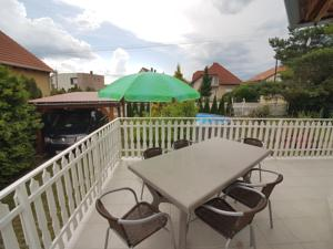Ein Balkon oder eine Terrasse in der Unterkunft Apartment Anna no. 193