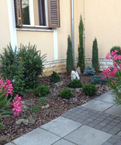 Ein Garten an der Unterkunft Lavia Panzio